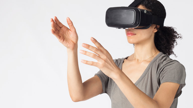 Multiuser VR merchandising evaluation system